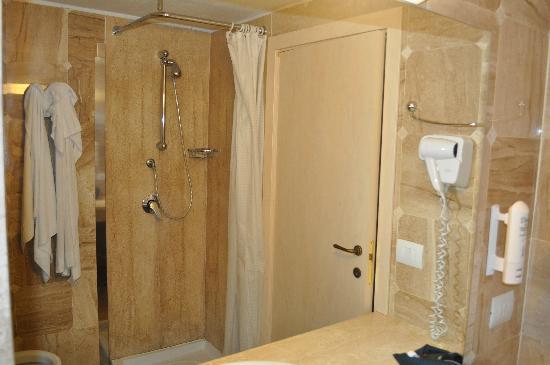 Eden Village Club La Caletta: bagno