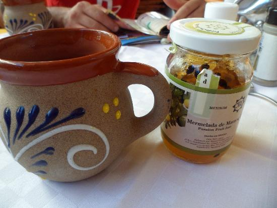 Casa Madera: desayuno yom