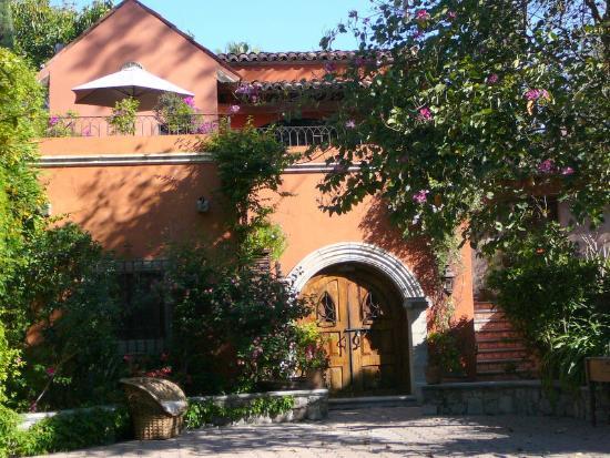 La Casa de Liza: Villa Carlotta