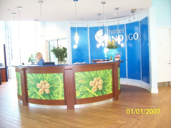 Hotel Indigo Raleigh Durham Airport at RTP: Front Desk
