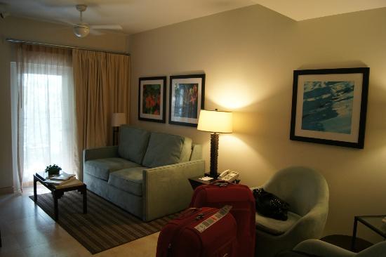 Santa Maria Suites Hotel: Living