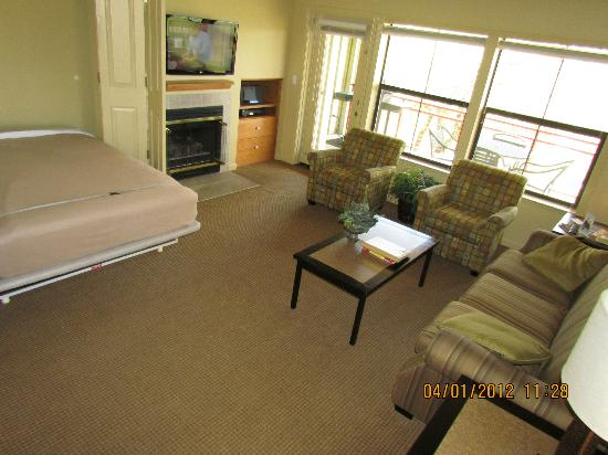 WorldMark Angels Camp: Living room
