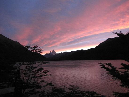 Aguas Arriba Lodge: Sunset