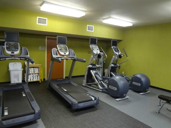 Fairfield Inn & Suites Seattle Bellevue/Redmond: Gym is new!