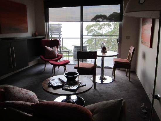 George's Boutique B&B & Culinary Retreat: Tea with a view