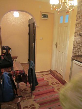 Serdivan Apart Hotel: main door and dining