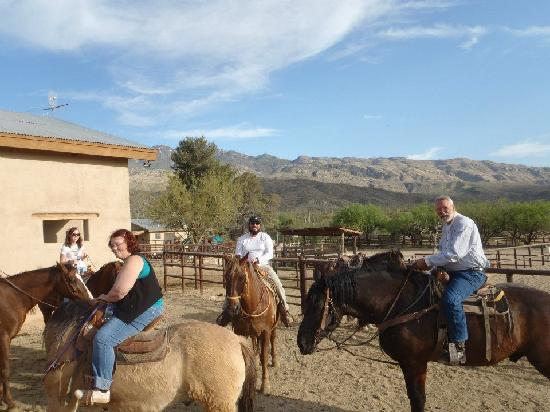 Tanque Verde Ranch: Ready to ride.