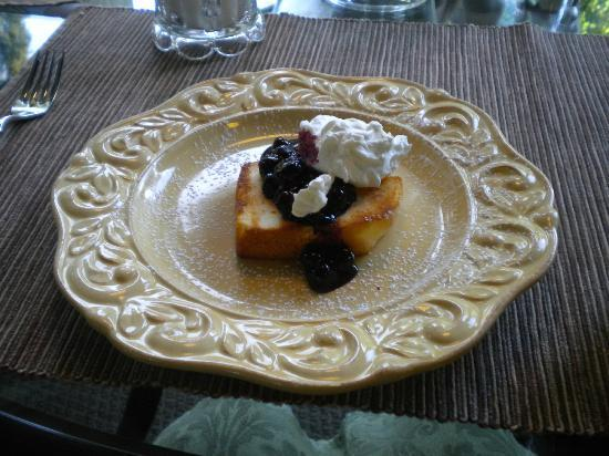 Andon-Reid Inn Bed and Breakfast: Breakfast Dessert