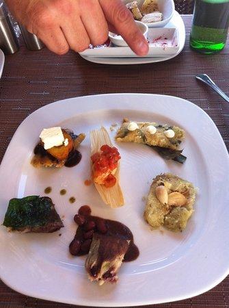 Tierra y Cielo Restaurante: Degustación de Tamales