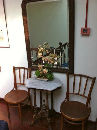 Heeren House: Lovely furniture.