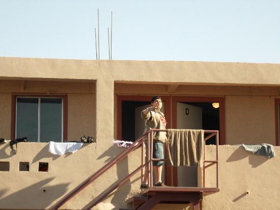 El Mirador Village Hotel: ES LA VISTA DESDE EL ESTACIONAMIENTO