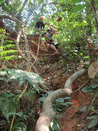 Shimoga, India: Rope Climbing