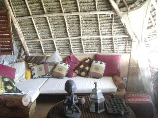 Mamamapambo Boutique Hotel: Salottino della camera