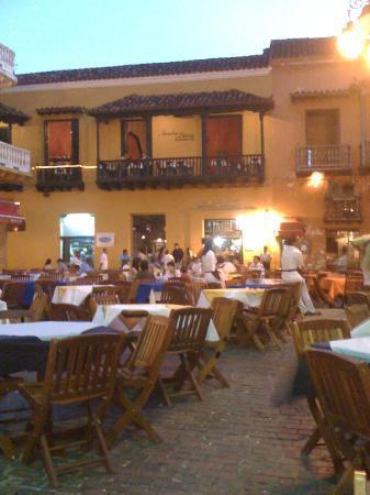 Plaza Santo Domingo: foto 1