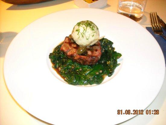 X Restaurant & Bar: My main course!