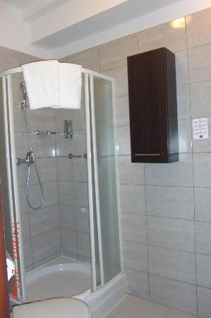 Hotel Delta: SALLE DE BAIN