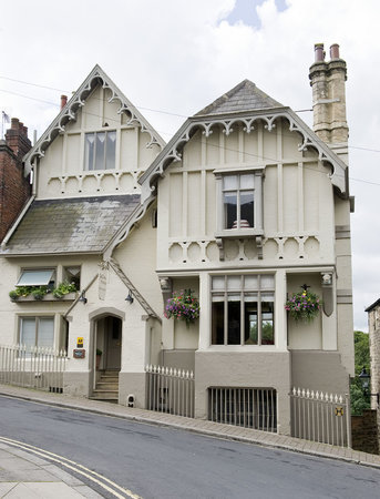 Gallon House Hotel: Eccentric Victorian house as featured in interiors magazines