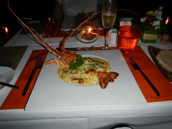 Chaweng Regent Beach Resort: Romantic dinner on the beach (Chom Talay)