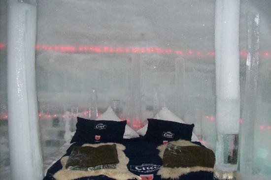 Ice Hotel Romania: ice hotel