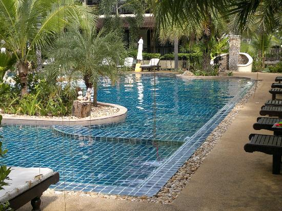 Am Samui Palace: Pool area