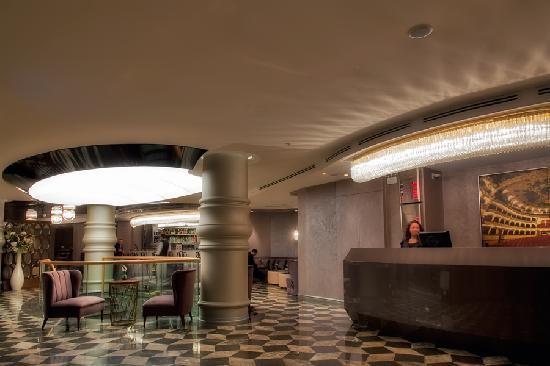 Opera Hotel : Lobby