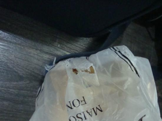 The Z Hotel Soho: The plastic bag attacked by the mouse