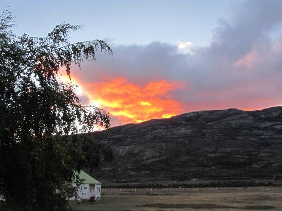 Estancia Cristina Lodge: Atardecer