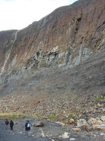 Estancia Cristina Lodge: Saliendo del cañadón de los fósiles