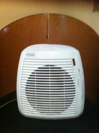Pasha Hotel: portable heater