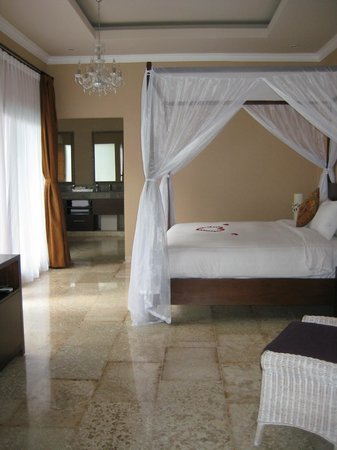 Nusa Dua Retreat and Spa: Bedroom