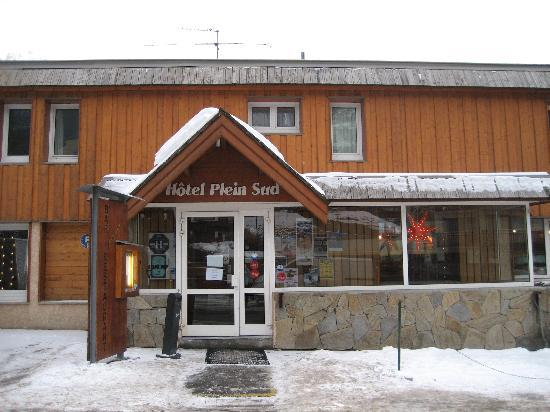Front of hotel Plein Sud.
