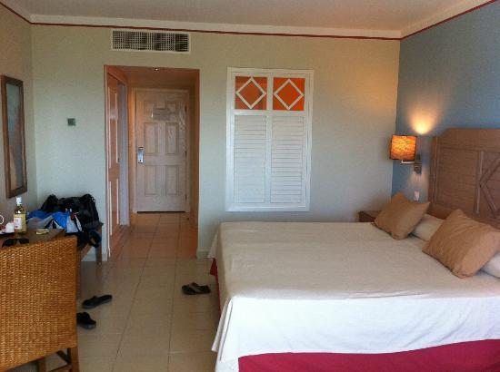 Memories Flamenco Beach Resort Ocean View Rooms