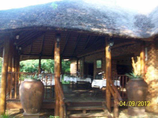Falaza Game Park & Spa: bfast area