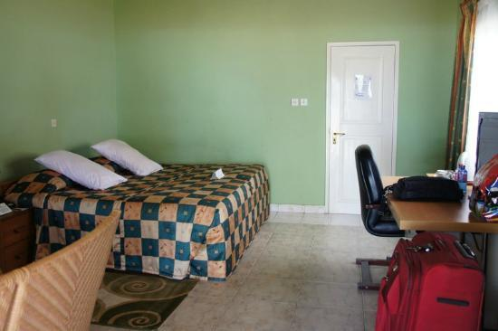 Busua Beach Resort: Bed rooms