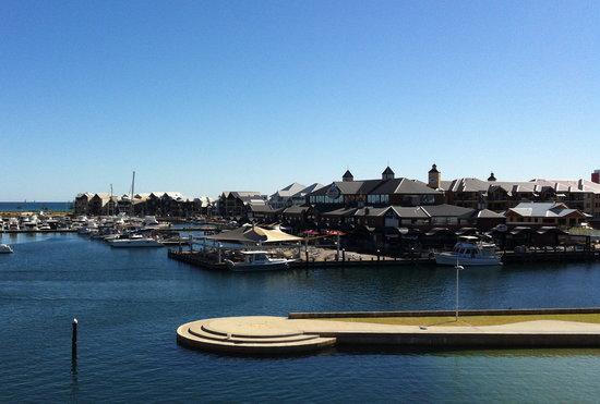 Mandurah, Austrália: Dolphin Quay