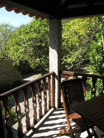Quinta da Bouca d'Arques: Private small balcony at room with view to orange trees