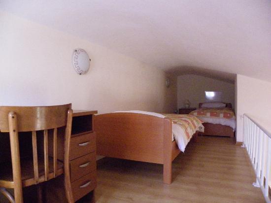 Villa Zubcic: Extra beds
