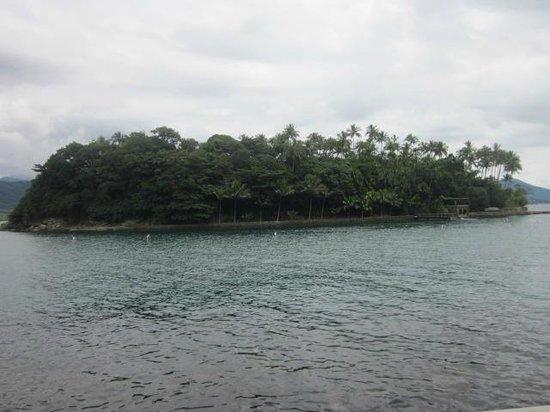 Cabras Island