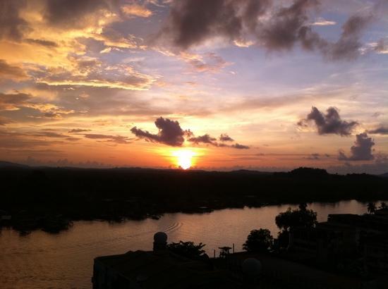 Hotel Seri Malaysia Lawas: Sunset