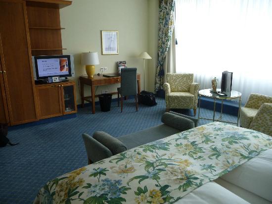 Steigenberger Grandhotel Belvedere: Superior - Zimmer