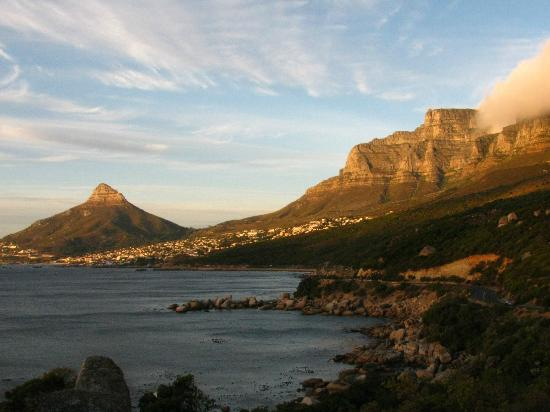 The Twelve Apostles Hotel and Spa: Picture taken from the picnic area