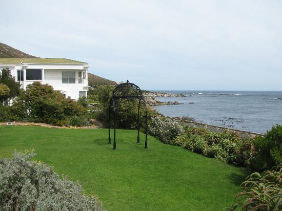 The Twelve Apostles Hotel and Spa: Fynbos garden