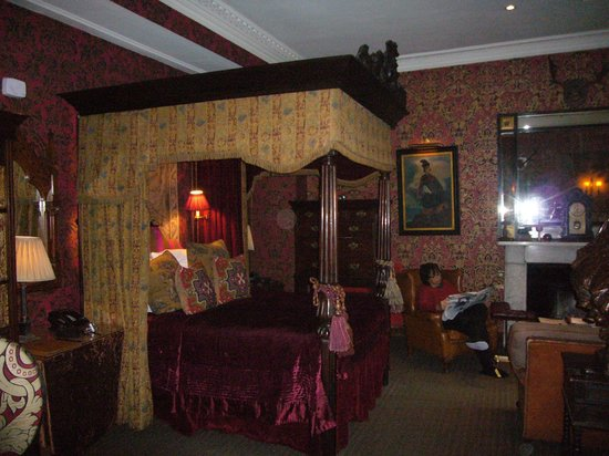 The Witchery by the Castle : Inner Sanctum Bed