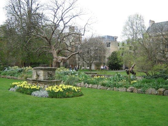 牛津大学贝利奥尔学院