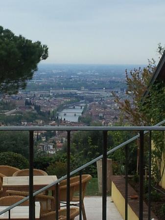 Corte San Mattia - Agriturismo Verona: dalla sala ristorante