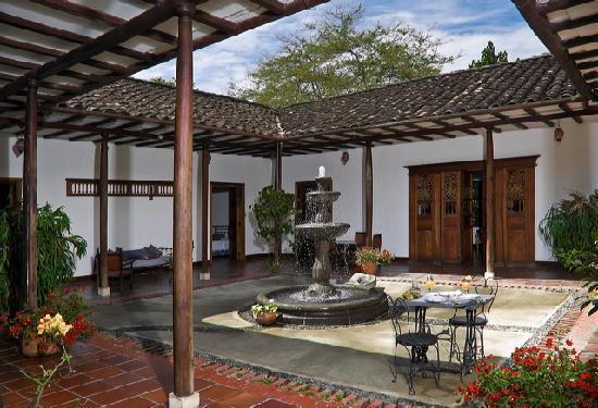 Hacienda castilla pereira colombia ranch reviews for Case in stile ranch hacienda