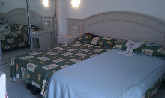 La Carabela Apartments: Beds