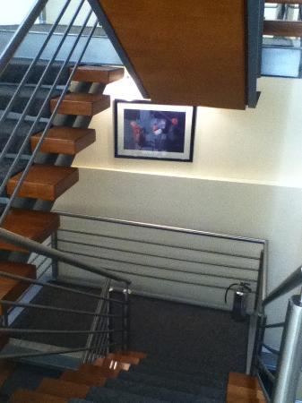 Casa Torres Hotel: escalera hacia la recepción