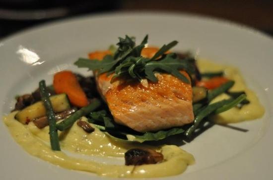 Phileas Fogg : salmon