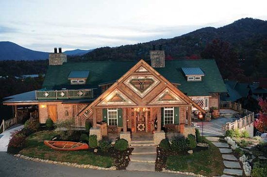 The Restaurant at Buckberry Creek: The Main Lodge & Restaurant